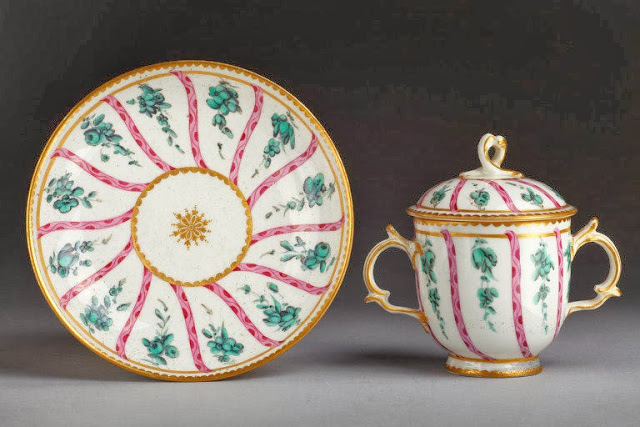Caudle or chocolate cup, cover and saucer of soft-paste porcelain painted with enamels and gilded. Derby porcelain ca.1770. Courtesy V&A.